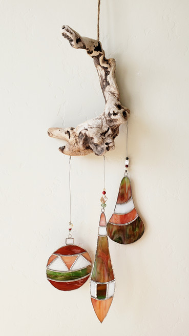 Holiday Driftwood Hanging