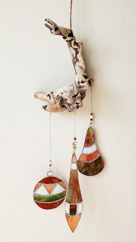 Holiday Driftwood Hanging