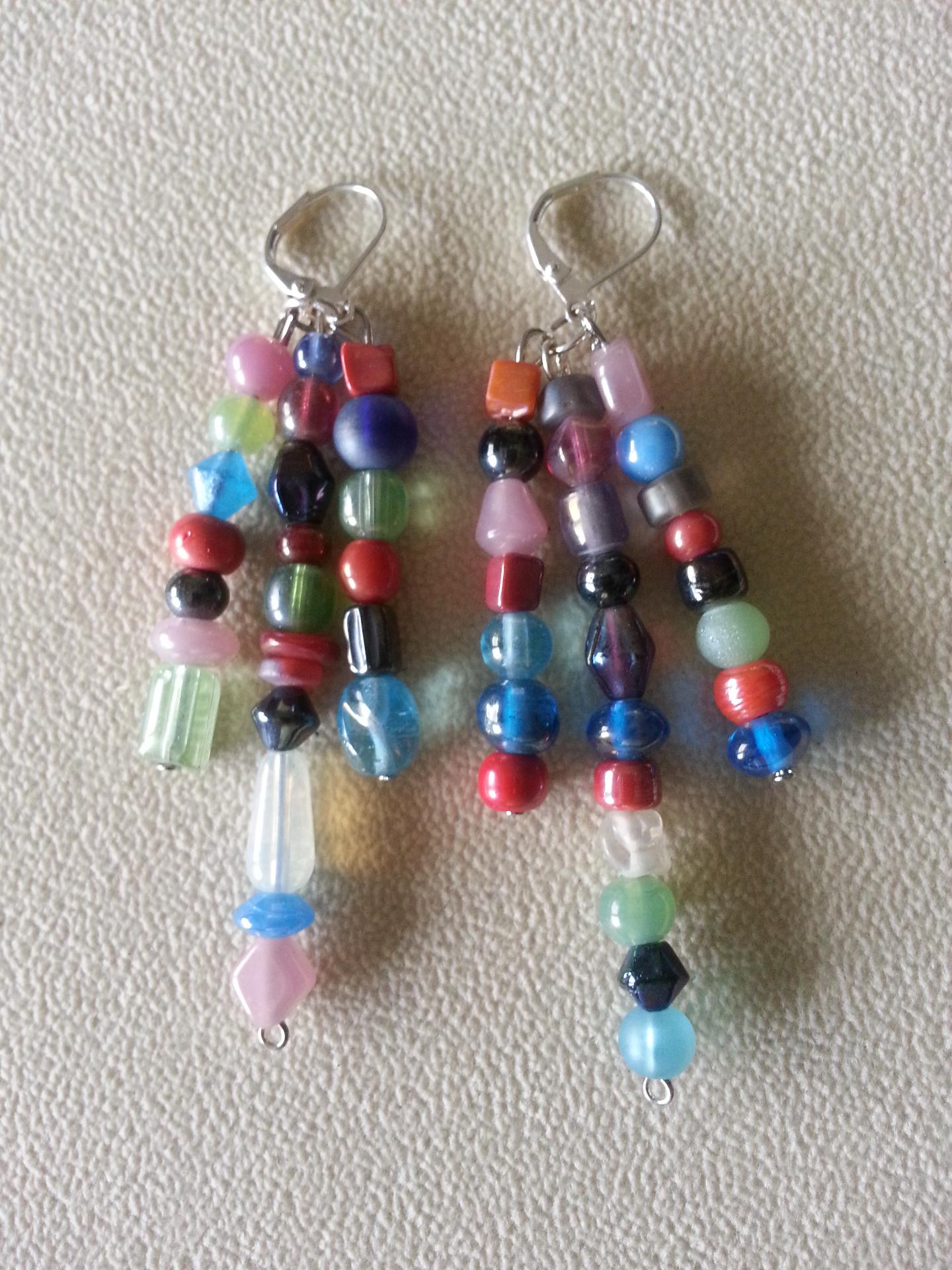 Indian Glass 8-Strand N&E Earrings Closeup