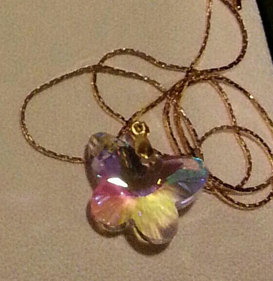 Swarovski Lg Butterfly Delicate on Gold N