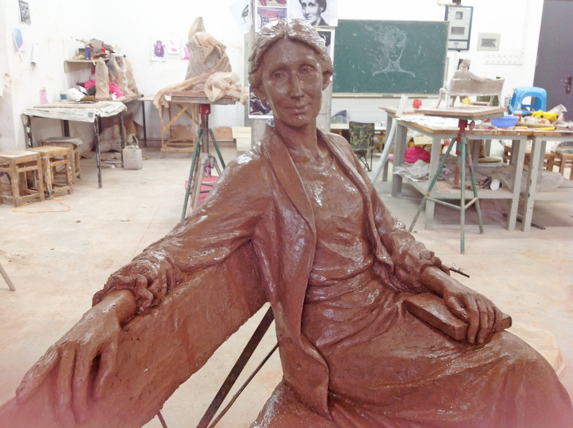 Clay model of new statue of Virginia Woolf