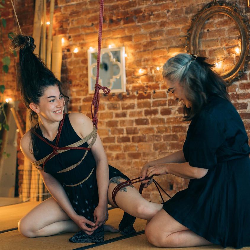 (online) Shibari Soireé performances