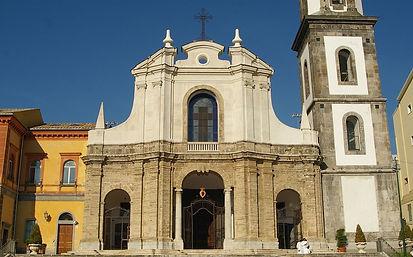 1200px-Facciata_del_Santuario.jpg