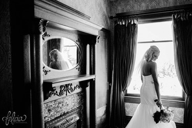 Bride in Bridal Suite at Eighteen Ninety Event Space in Kansas City, Missour.   Photo by Felicia the Photographer.