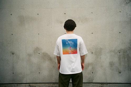 透明人間・オン・ザ・ビーチ T-Shirts