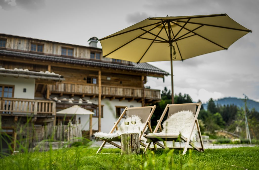 chiemsee-chalet-ausblick-eingang-welcome