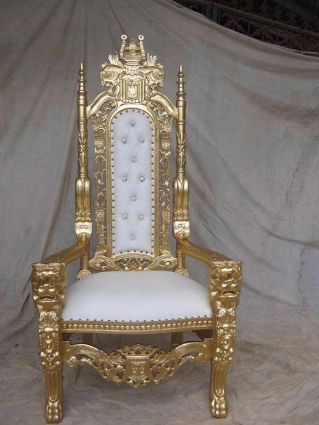 Lion King Gold Throne