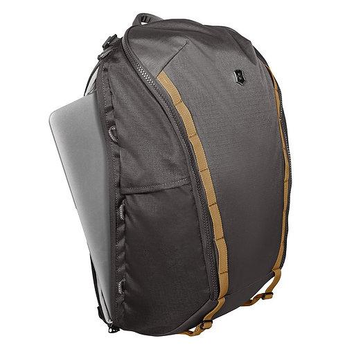 VICTORINOX Altmont Active Everyday Laptop Backpack(602133)