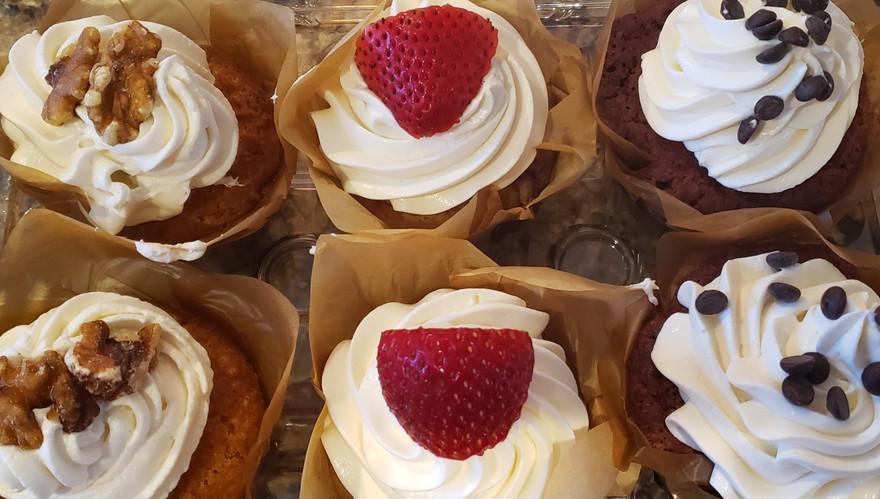 cupcake%20variety%20box_edited.jpg