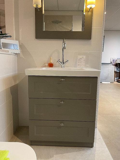 Riho 80 cm. grijs meubel met Villeroy & Boch wastafel porselein wit met spiege