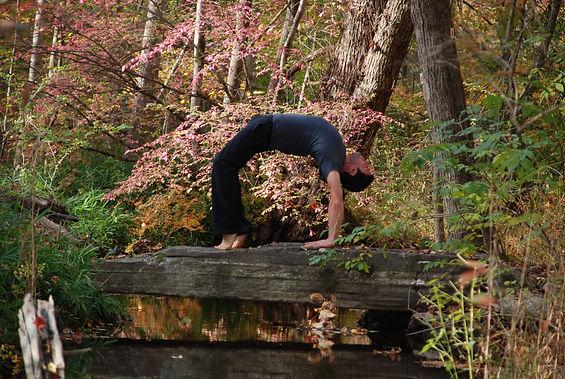 Jason Zagaro, backbend pose