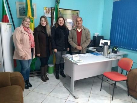 Assessoria de Implementação da BNCC da Impare Educação em Pejuçara - RS