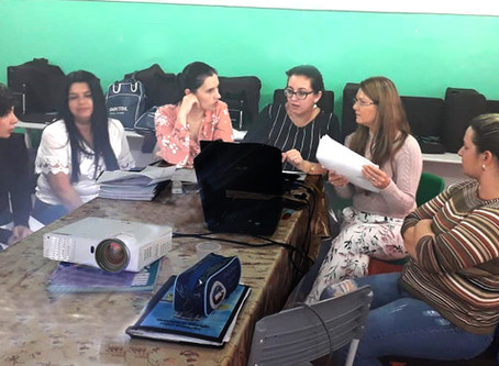 Assessoria BNCC da Impare Educação: Grupos de Trabalho na construção do Currículo da rede municipal