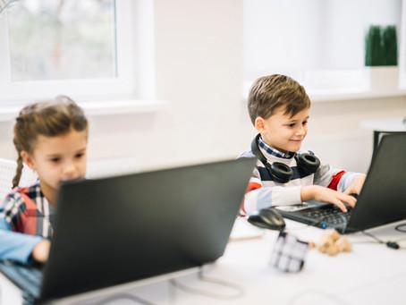 A era digital e o desenvolvimento de competências na formação docente