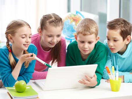 """Como as Tecnologias Digitais auxiliam a """"Personalização"""" no Ensino Híbrido"""