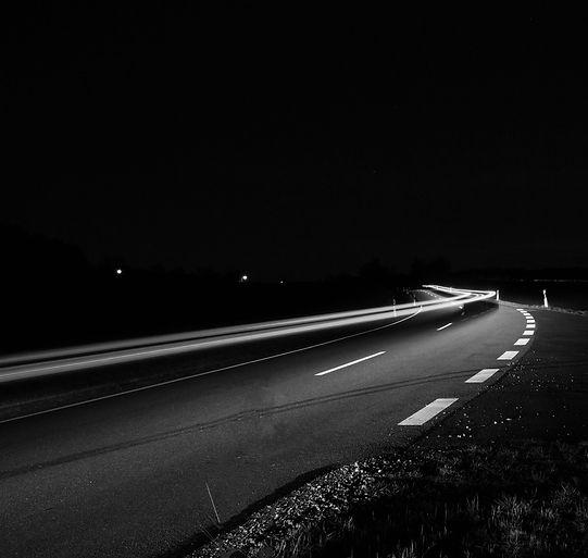 philipp-katzenberger-sjx9ovkpS3w-unsplas