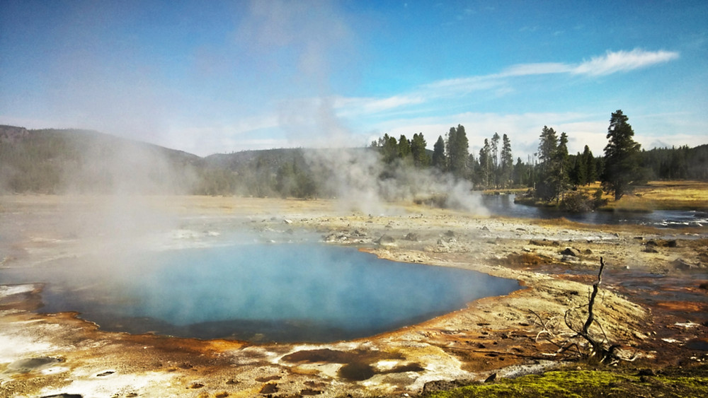 Biscuit Basin, Yellowstone National Park, Wyoming
