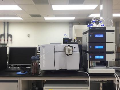 Bruker amaZon speed ESI-ion trap-ETD Mass Spectrometer