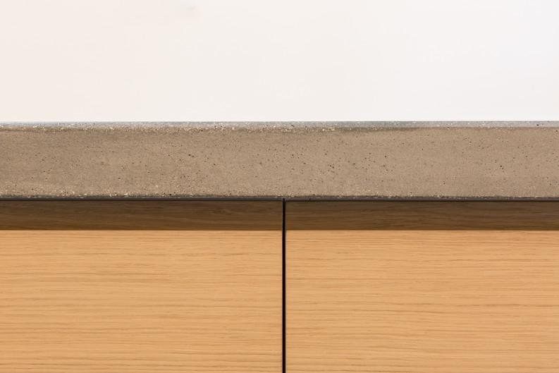 dettaglio del piano in cemento