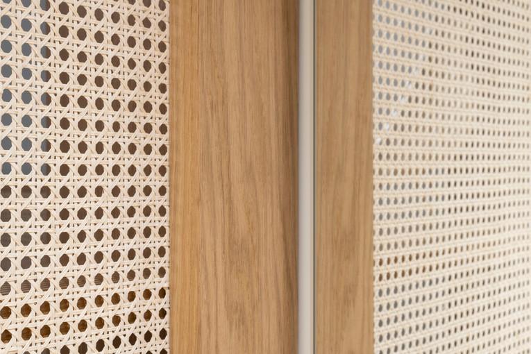 dettaglio parete divisoria camera-cabina armadio