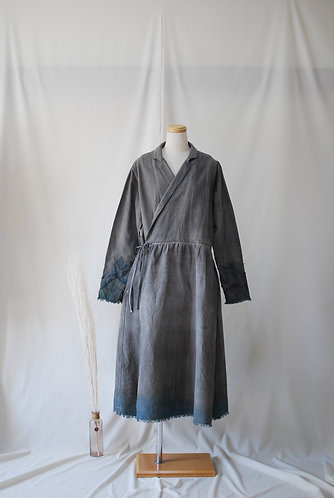 夜の海 カシュクールワンピース 墨染め 香川県の伝統工芸品「保多織」を使用