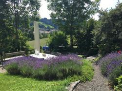 Sitzplatz mit Lavendel