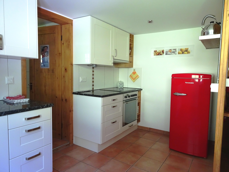 Küche mit Granitabdeckung