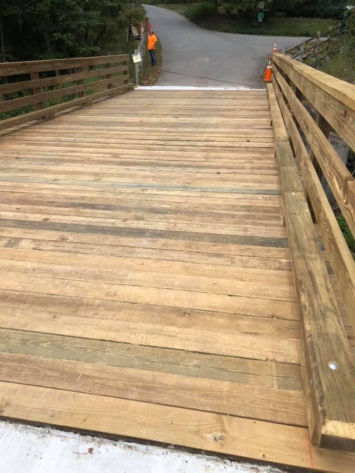 steel pedestrian bridge installed