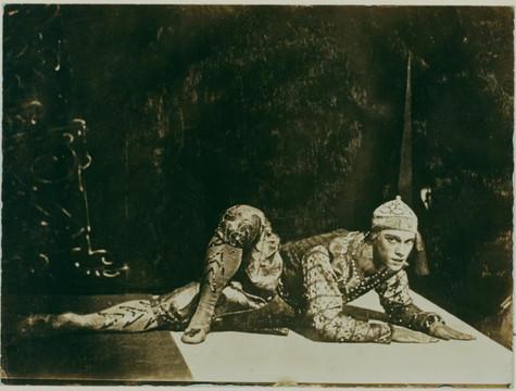 Nijinsky les orientales par Eugene Druet