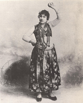 """Photograph of Algerian dancer from the 1893 World's Columbian Exposition in Chicago."""