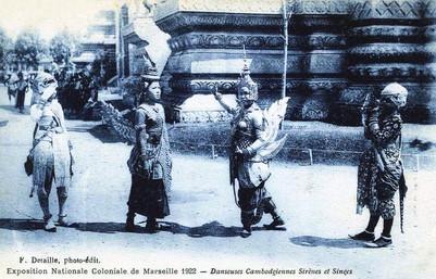 """""""Danseuses sirènes et singes."""" 1922 Marseille Colonial Exhibition"""