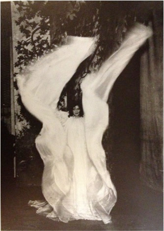 Loïe Fuller, silk dance