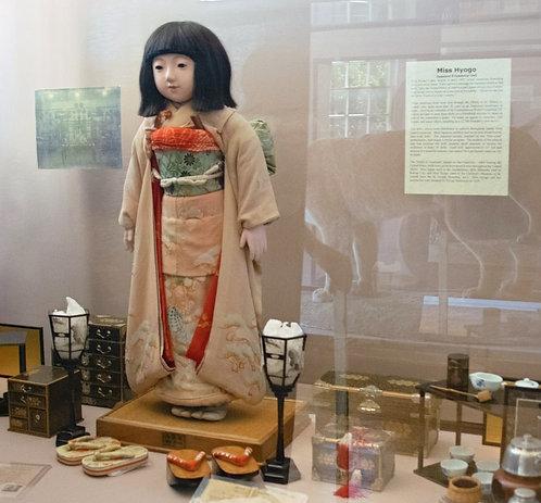 Miss Hyogo Japanese Friendship Doll