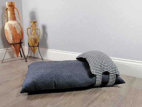 Luxury British Wool Houndstooth Dog Bed