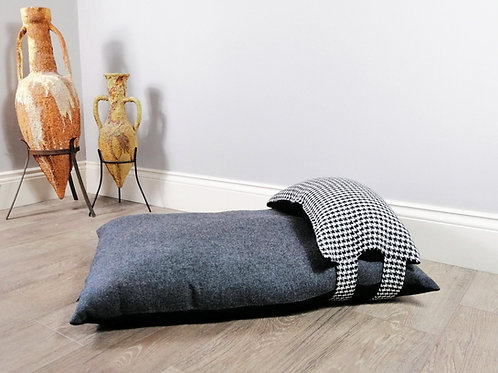 Stylish Grey & Black Luxury dog bed with Houndstooth Pillow
