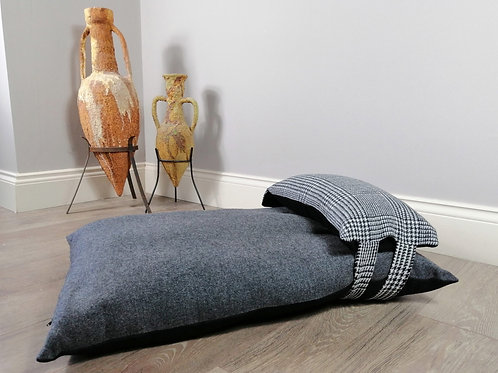 Weardale Wolf Prince of Wales Check UK Luxury Dog Bed