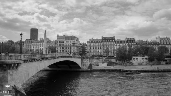 Au bord de la Seine-2 NB.jpg