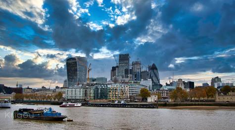 London Panoramic IMG_9366 LR with logo.j