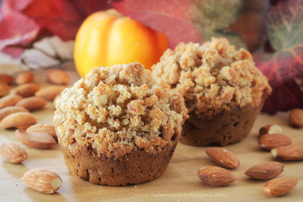 Pumpkin Almond Crunch Muffins