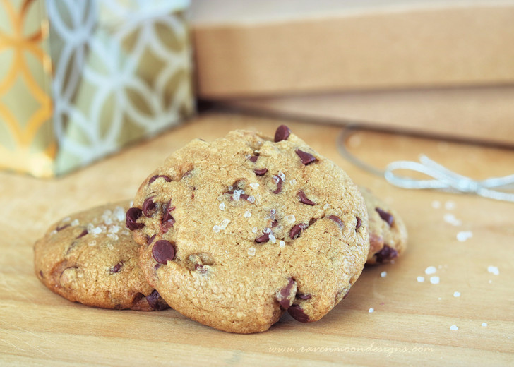 Nutella-Stuffed Brown Butter & Sea Salt Chocolate Chip Cookies