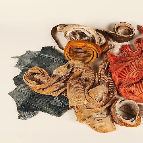Foulard plisse natural dye