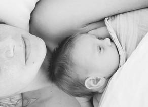 Le peau à peau, apaiser et soulager votre bébé et vous !