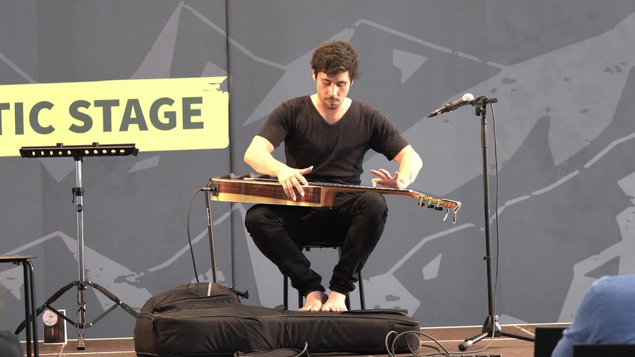 Live at Guitar Summit 2019