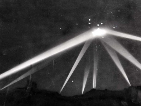 A UFO Witnessed by 1 Million People in Los Angeles