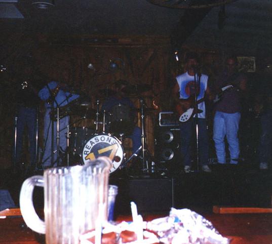 199408034.jpg