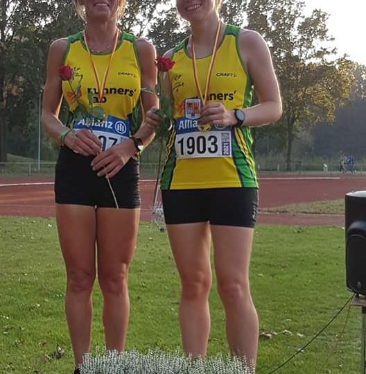 Hannelore Van Nuffelen & Stephanie Kennis Provinciaal kampioen 3000m !