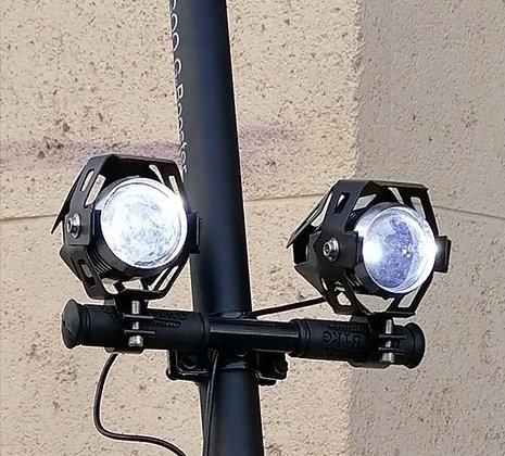 Support de colonne  pour lampe additionnelle / klaxon