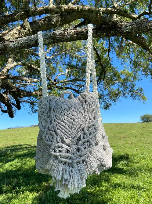Mochila Crochet Macramê Feijão e Natural