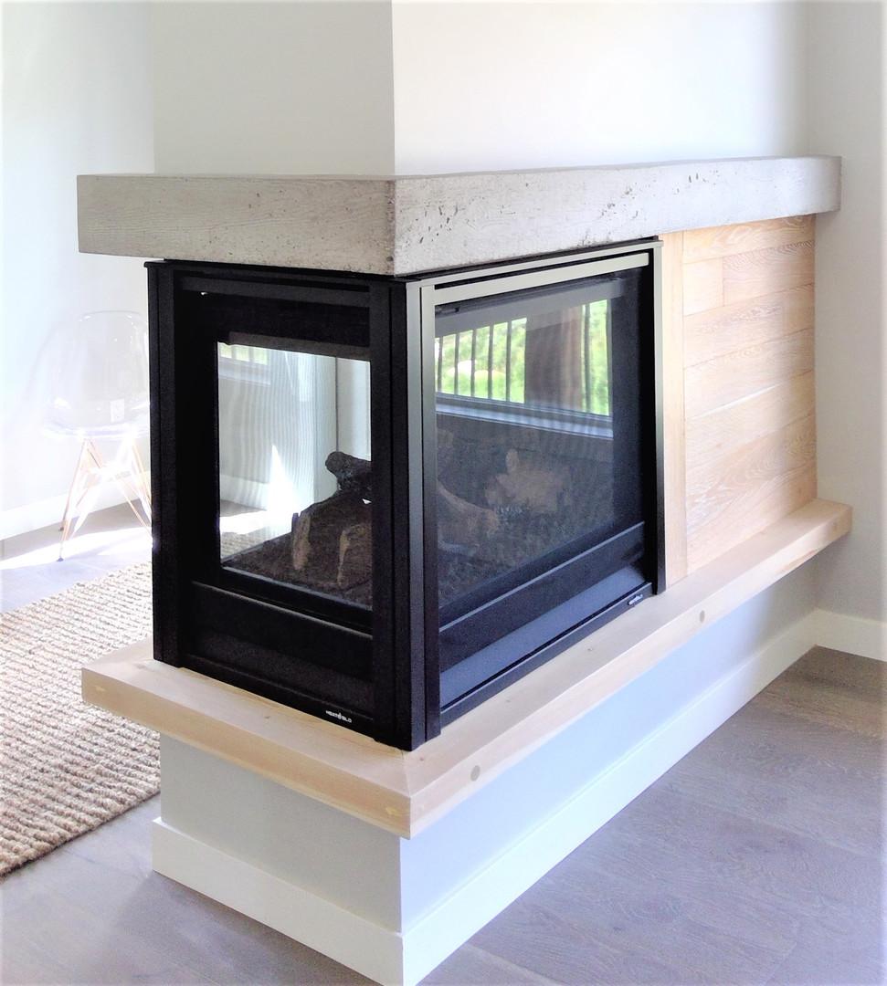 Lakehouse fireplace
