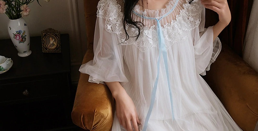 Soft Lace Embroidery Vintage Victorian Nightgown,Chemise Renaissance Nightgown